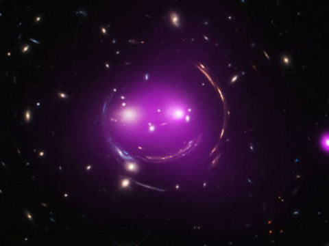 「チェシャ猫銀河群」の存在をNASAが公表、完全に「猫なしのニヤニヤ笑い」でした