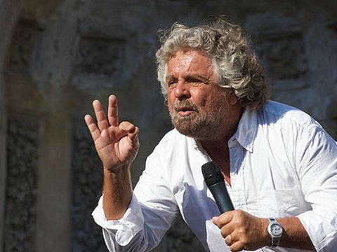 イタリア国民投票で改憲反対派が...