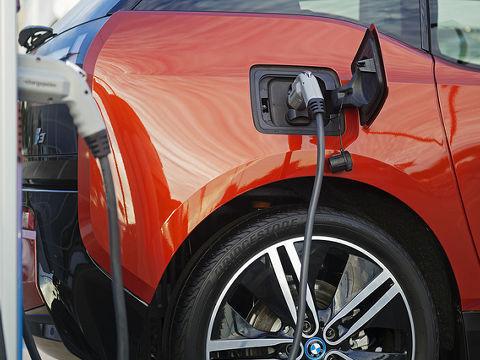 車 イギリス 販売 禁止 ガソリン