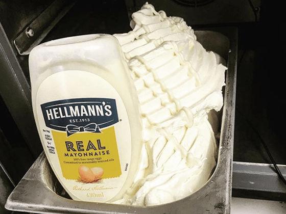 マヨネーズ味のアイスクリーム、...