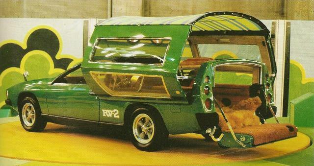 トヨタが1972年に作ったステーションワゴン型キャンピングカー「RV-2」、ロマン溢れ過ぎている